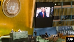 Trump hace su discurso en un video transmitido ante el pleno de la Asamblea General de la ONU. (Rick BAJORNAS / UNITED NATIONS / AFP)