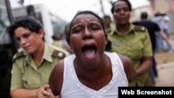 Arrestos arbitrarios, una de las acciones denunciadas en el informe de julio por el Observatorio Cubano de Derechos Humanos.