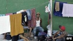 Cubanos ansiosos por dejar Costa Rica y continuar travesía a EEUU