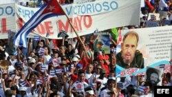 Desfile del Primero de Mayo en Cuba