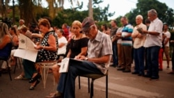 Campaña por el referendo constitucional viola ley electoral de Cuba
