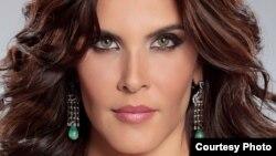 1800 Online con Adriana Cataño