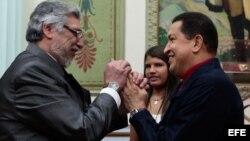 Archivo, Hugo Chávez (d) y Fernando Lugo (i) en el Palacio de Miraflores de Caracas.