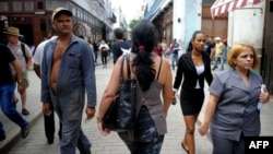 Cubanos están convocados este domingo a las urnas para votar a los 605 diputados que integran la Asamblea Nacional, encargada de elegir al sucesor de Raúl Castro.