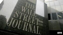 """Vista de la fachada de las oficinas de """"The Wall Street Journal"""" en Nueva York (EEUU)."""