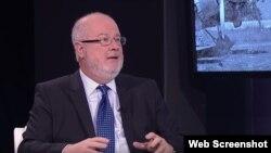 El periodista colombiano Gerardo Reyes. (Captura de imagen-YouTube)