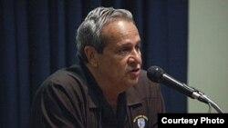 1800 Online con Felix Ismael Rodriguez Mendigutia