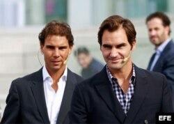 (i-e) Rafael Nadal y Roger Federer.