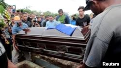 Funeral de Denis Madriz Obando.