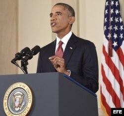 Obama anunció hoy que su Gobierno emprenderá ataques selectivos contra posiciones del Estado Islámico (EI)