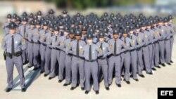 Graduacion 2012 de la policía del estado de Virginia.