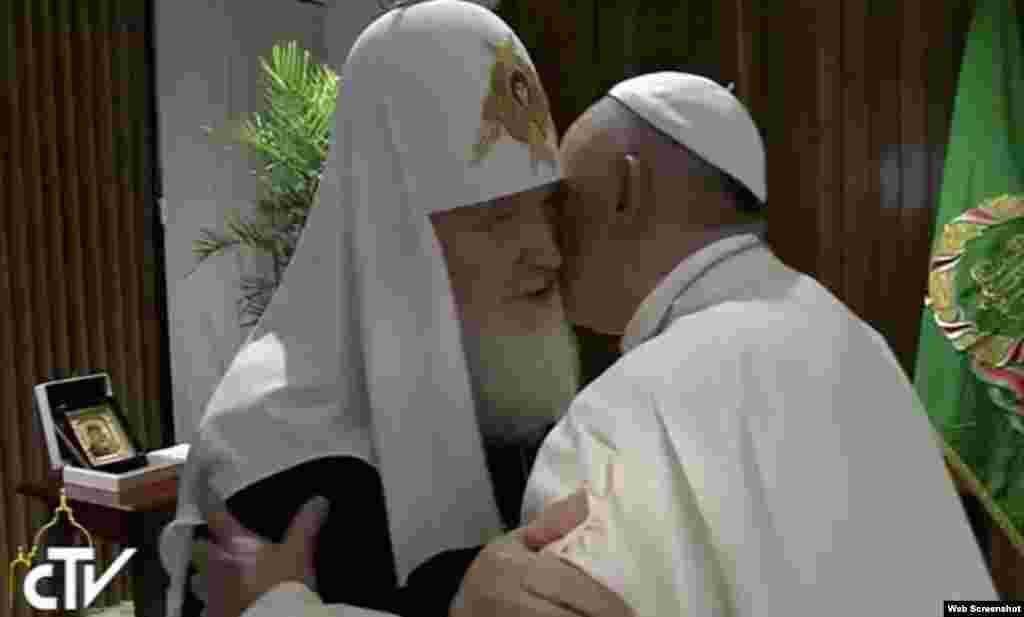 Histórico encuentro Patriarca Kirill y Papa Francisco.