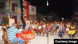 Cuba asamblea de barrio del Poder Popular