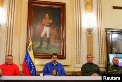 En la foto, Nicolás Maduro, Diosdado Cabello, Vladimir Padrino López y Remigio Ceballos.