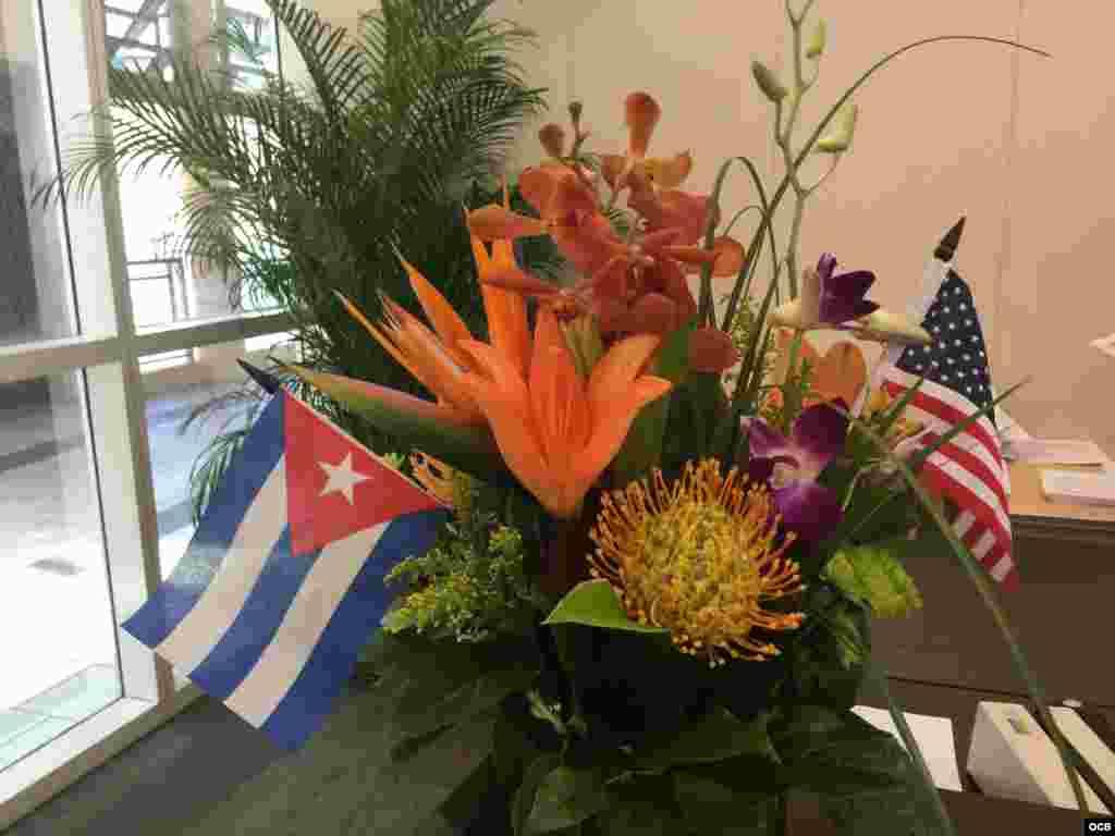Crucero de Carnival listo para zarpar hacia Cuba.