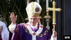 El rabino Shmuel Herzfeld echa en cara al papa no haberse interesado por el judío Alan Gross, preso en Cuba.