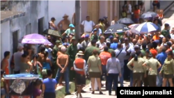 Reporta Cuba. Acto de repudio contra opositores del FANTU, Santa Clara. Archivo.