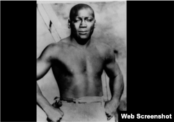 Jack Johnson, primer campeón afroamericano de peso pesado en boxeo. SCREENSHOT VIDEO.