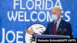 El candidato presidencial Joe Biden visita la Florida, a pocas semanas de las elecciones del 3 de noviembre. (Roberto Schmidt / AFP).