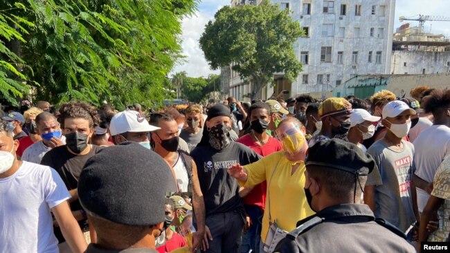 FOTOGALERÍA. Estallido popular en Cuba contra el régimen comunista
