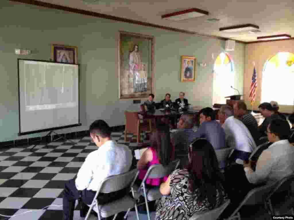 Conferencia de prensa en la Ermita de la Caridad