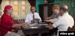 Obama juega dominó con Pánfilo en La Habana.