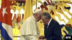 Encuentro del Papa Francisco y Raúl Castro en La Habana