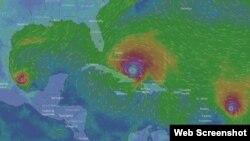 De izq, a der. Katia, Irma y José. Tomado de www.windy.com.