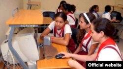Lo niños cubanos en un Joven Club, estos lugares solo tienen acceso a la llamada intranet.