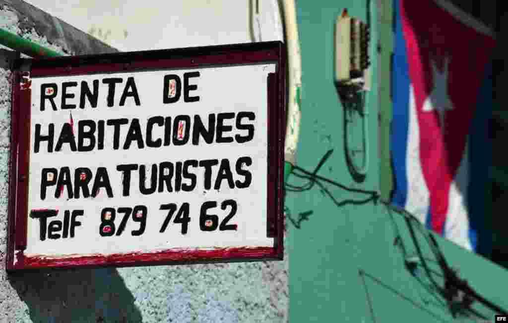 CUBA-ALQUILER DE HABITACIONES/ Según la nueva ley, los extranjeros que no viven en la isla pueden a comprar propiedades pero sólo en condominios específicos.