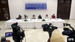 Diálogos de paz entre el Gobierno colombiano y las FARC.