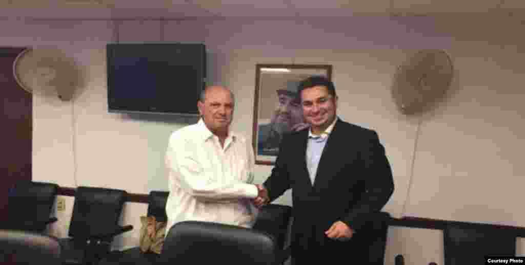 Director del ICRT Danylo Sirio con el presidente del canal iraní HispanTV