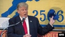 El presidente Donald Trump, durante su visita a la Brigada 2506, en Miami, el 25 de octubre de 2016.