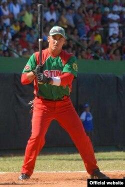 Alexander Guerrero, integrante del equipo de Béisbol de Orientales