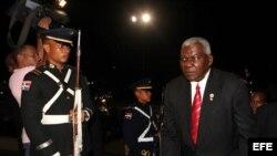 El vicepresidente de Cuba, Esteban Lazo, llega el miércoles 15 de agosto de 2012, al Palacio Nacional de Santo Domingo (República Dominicana),