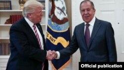 El presidente Donald Trump recibe en la Casa Blanca al canciller ruso Serguéi Lavrov (White House)