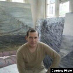 El artista cubano Kadir López