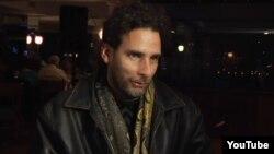 Orlando Luis Pardo concede entrevista a la prensa en New York