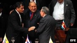Archivo - Los gobernantes de Ecuador, Venezuela y Cuba.