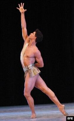 El ex primer bailarín del Ballet Nacional de Cuba, Carlos Acosta.