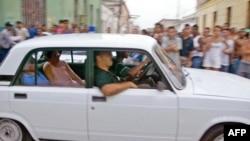 Dos disidentes cubanos arrestados en la Primavera Negra, 20 de marzo de 2003.