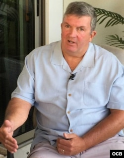 Chris Simmons en entrevista con TV Martí.