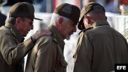 Raúl Castro, Ramiro Valdés el 26 de julio de 2017 en Pinar del Río.