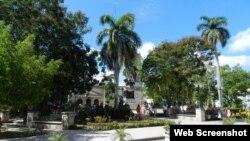 Reporta Cuba. Conectados al Wi-Fi en Camagüey.