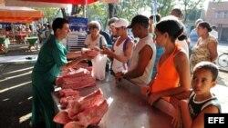 En la capital, comerciante de carne de cerdo (Archivo)