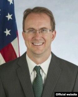 Brian Egan, asesor legal del Departamento de Estado.