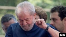 El expresidente brasileño Luiz Inacio Lula da Silva, tras salir de la sede del sindicato metalúrgico de Sao Bernardo do Campo.