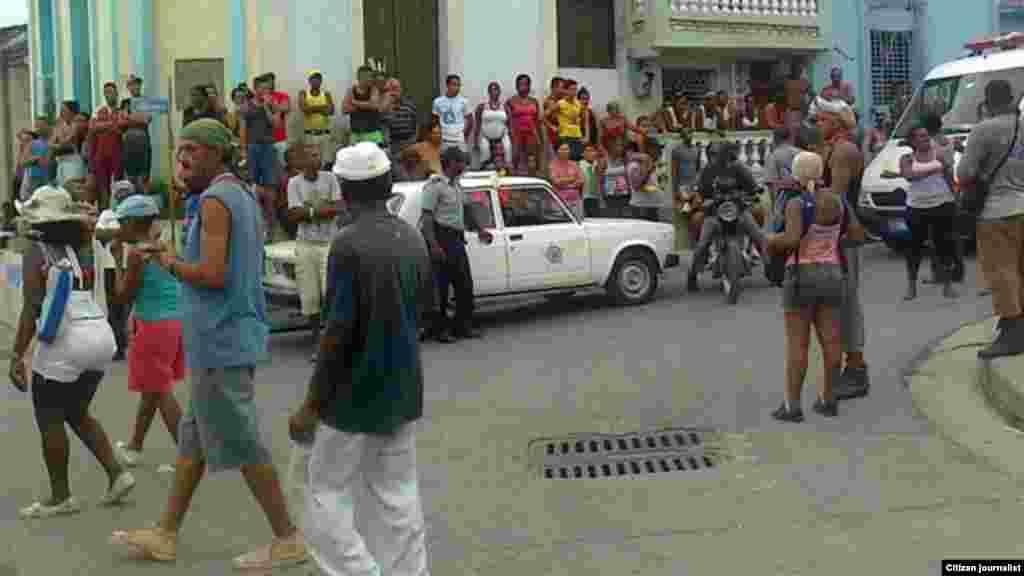 Carnavales infantiles en Guantánamo fuertemente custodiado por policías