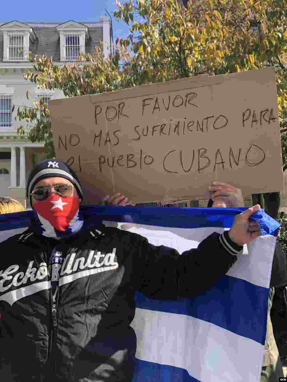 Exiliados cubanos se manifiestan en Washington para exigir la liberación de José Daniel Ferrer. (Foto: Michelle Sagué)