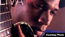 El cantautor cubano Livám, en la portada de su nuevo álbum Agua de Sal.